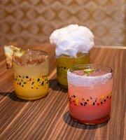 Uno Mas Street Tacos + Spirits