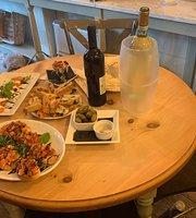 DiVino Wine & Cocktail Bar