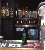 MacMillan Whiskey Room