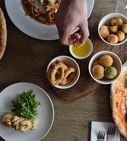 Lucca Bar & Restaurant