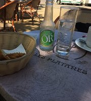 Café Les Platanes