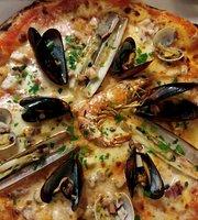 Molas Pizzeria
