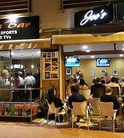 Joe's sports bar