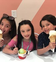 Ice Cream Shoppe at Pensacola Beach