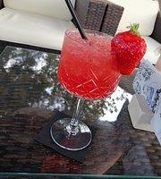 KALAMBERA Cocktail Bar