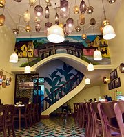 Com Viet Nam - Vietnamese Cuisine - Rice & Roll