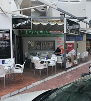 Summers bar and bistro