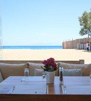 Agrari Beach Restaurant