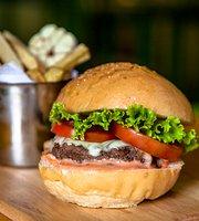 Chef Burger Hue