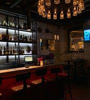 Pub & Kitchen Sikaa