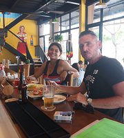 Sea Crab Bar-Cafe-Restaurant Live Music