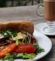 El Greeyo Roastery & Coffee Shop
