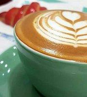 Lauretis Cafe