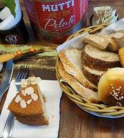 Artesanos Bakery