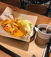 Taco Bell Shibuya Koendori