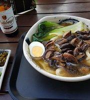 Aunty Zhong's Noodle Bar&More