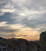 1818 Rooftop Bar