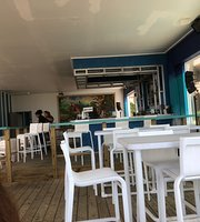 Margaritas beach bar & grill