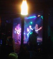 Diesel Rock Bar