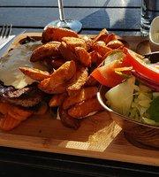 La Viva Cafe Restaurant