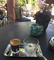 Denny's Cafe und Wein