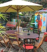 Le Truc Cafe