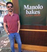 Manolo bakes Cáceres