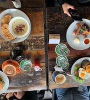 Evoque Cafe and Bar