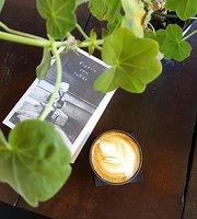 R.E.D. Cafe Cultural