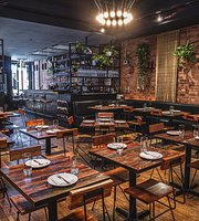 The 10 Best Restaurants Near The Metropolitan Museum Of Art