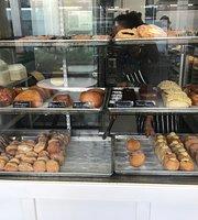Kauai Bakery
