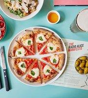 Radio Alice Pizzeria Canary Wharf