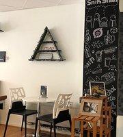Cafe SnikSnak