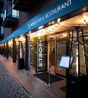Noel's Bar and Restaurant