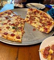 Pizza e Birra Sports Bar - Beachwalk