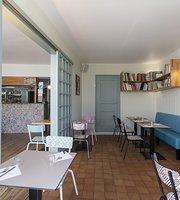 Cafe de l'Escale