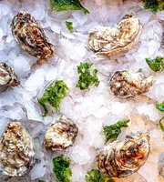 Pearl Oyster and Wine Bar