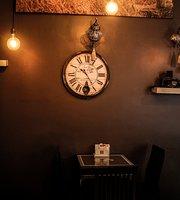 Cafe De Studio