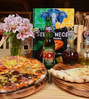 Selva Negra Pizzeria Artesanal