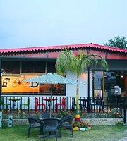 Reggae Chilli Cafe' & Restaurant