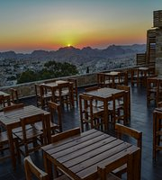 Petra Rooftop Restaurant & Cafe