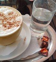 Cafe Bruckner