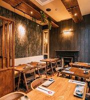 Maneki Japanese Restaurant & Karaoke Box