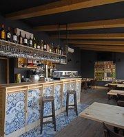 Bar Tapería tienda Auténticos CYL