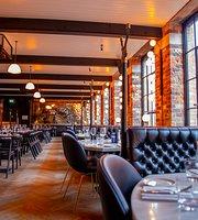 Roberta's Restaurant, Bar & Terrace