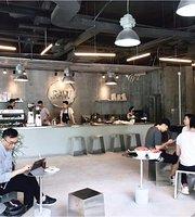 Cafe .Raw