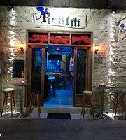 Realm Bar Piskopiano