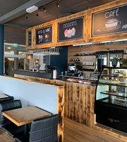 Riverside Cafe & Bistro
