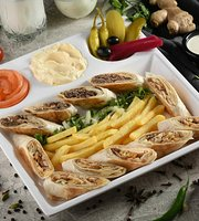 Rollnaldos Halal Restaurant