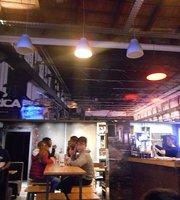 La Fábrica Burger & Beer